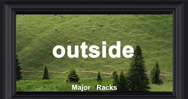 Major racks - Outside