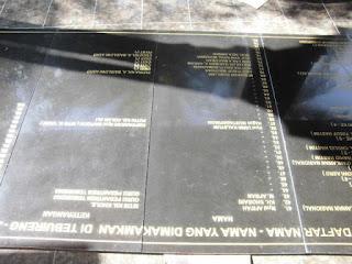 Model Prasasti Situs bersejarah Makam Gus Dur