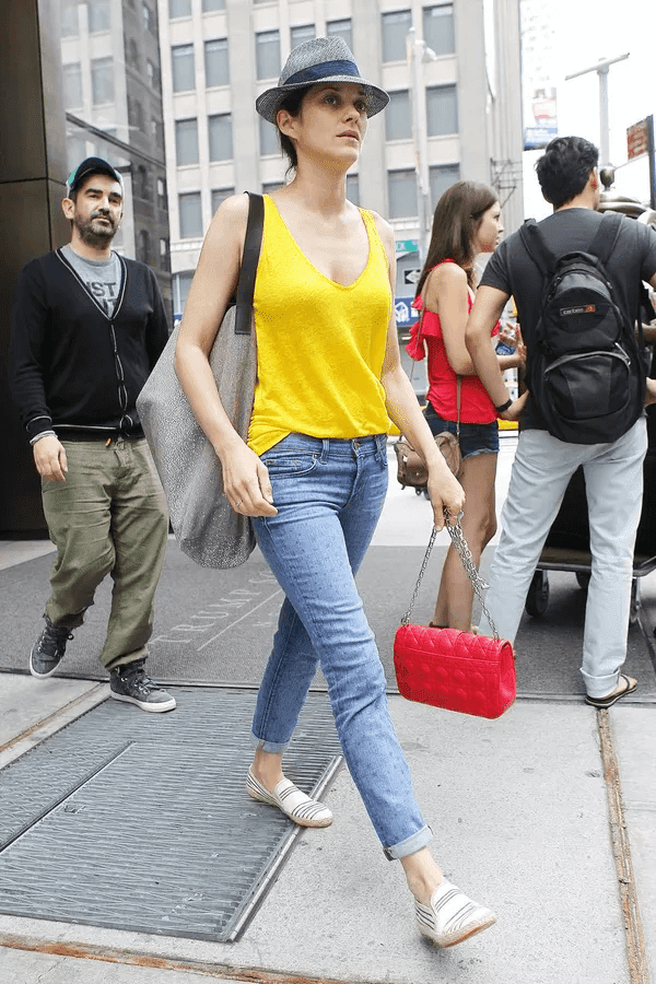 How to combine fashion with yellow colors