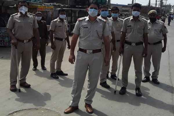 faridabad-police-lodged-35-fir-and-arrested-35-people-breaking-lockdown