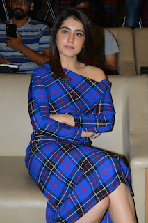 Actress Raashi Khanna Stills at Venky Mama movie Press Meet
