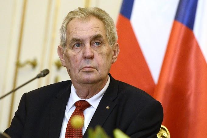 Az Egyesült Államok elvesztette világvezető szerepét a cseh államfő szerint