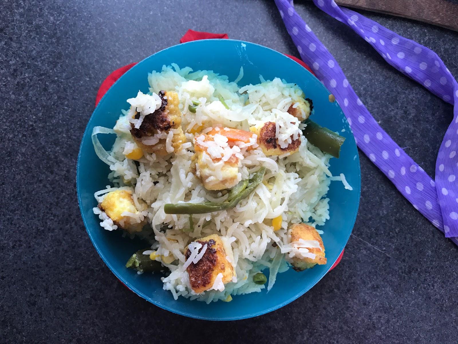 http://www.shobiskitchen.com/2017/08/paneercottage-cheese-pulao.html