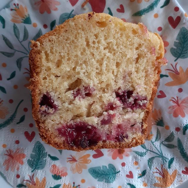 bolo de frutos vermelhos , world baking day