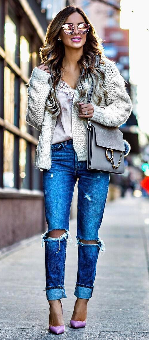 What to wear with ripped jeans