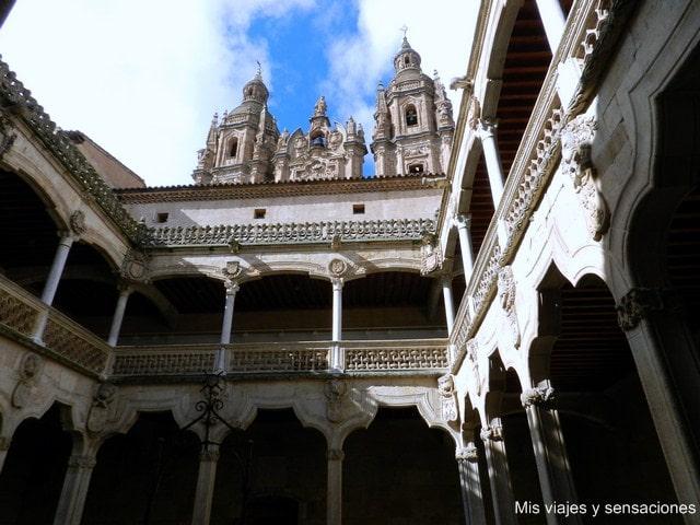Casa de las Conchas, Salamanca