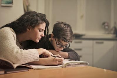 Dukungan+belajar+jarak+jauh+bagi+siswa+sekolah+Disabilitas