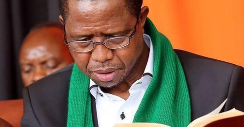 Presidente da Zâmbia posta versículos bíblicos para encorajar nação a se voltar para Deus