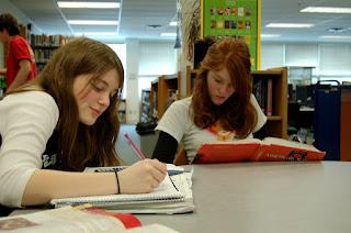 Teori dan Faktor yang Mempengaruhi Prestasi Belajar