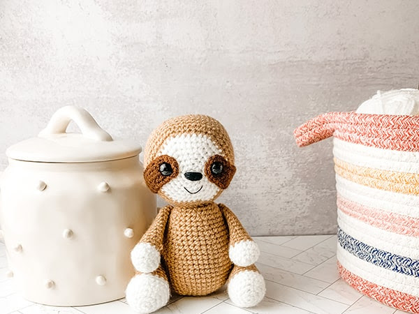 Free Crochet Sloth Pattern - Amigurumi Tutorial