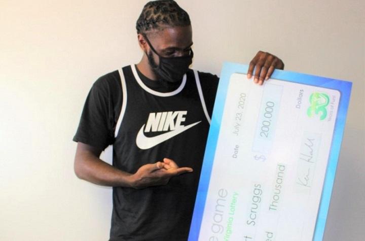Temani Ibunya Belanja di Toko, Pria Ini Menang Lotere Rp 2,9 Miliar