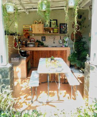 10 dapur minimalis dengan meja makan menyatu dalam ruang