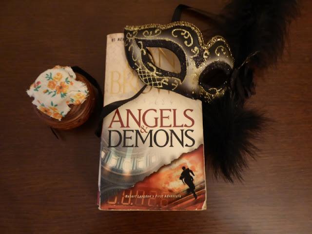 Angeli e demoni: un romanzo pseudostorico di Brown