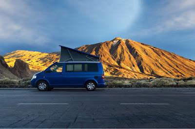 Mercedes camper van 4x4 roof tent in Iceland
