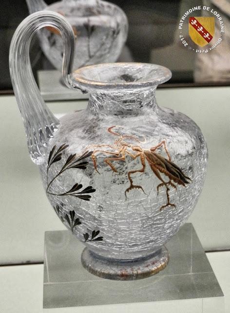 NANCY (54) - Musée de l'Ecole de Nancy : Petit vase craquelé (1880)