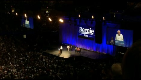 Bernie Sanders -  Los Angeles Memorial Sports Arena