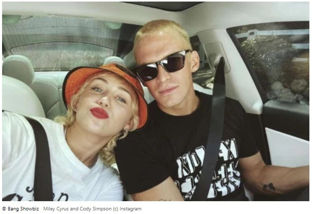"""Cody Simpson is """"in love"""" with his """"best friend"""" Miley Cyrus."""