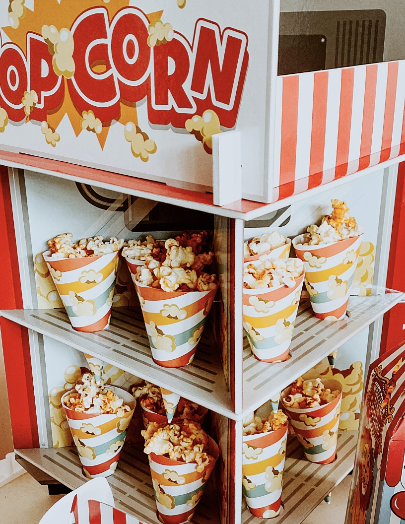 popcorn carnival party props