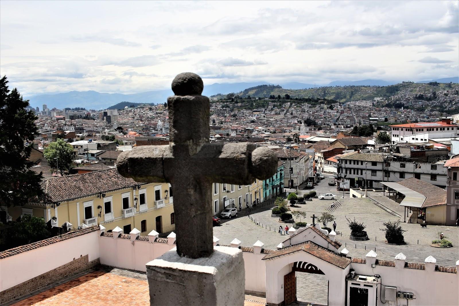 Ekwador.  O tym jak Jezus z uczniami świnki morskie spożywał.