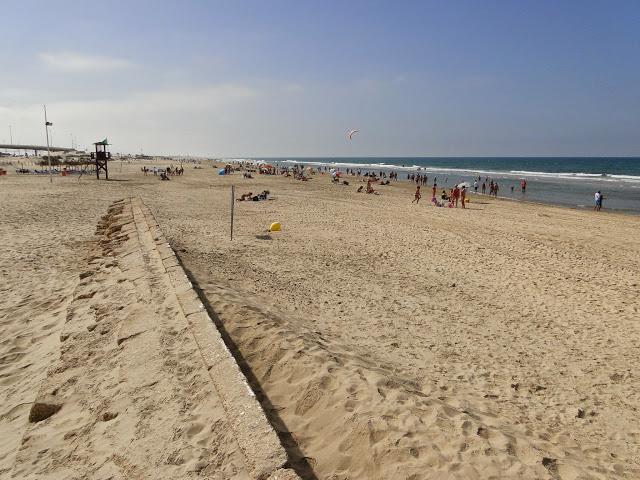 Playa de Cortadura vista hacia el término de San Fernando