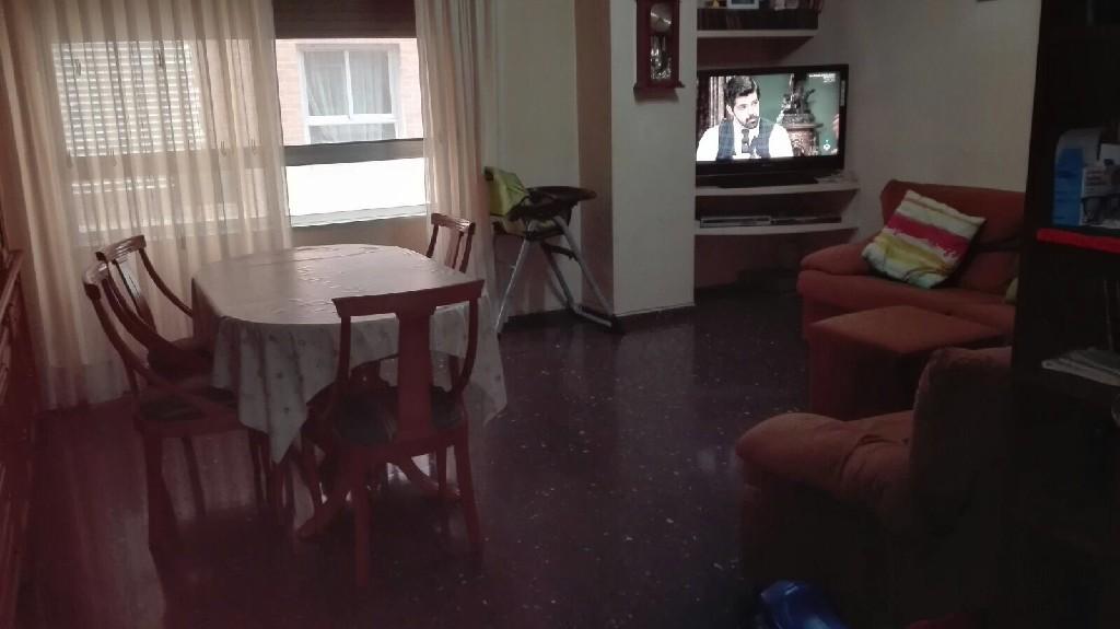 piso en venta calle almansa castellon salon1