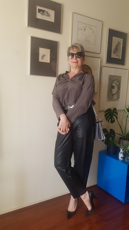 HOW I STYLED FAUX LEATHER PANTS