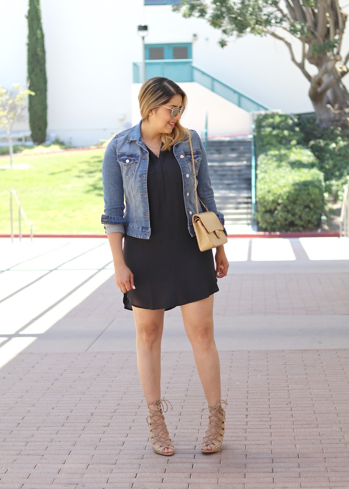 nude chanel outfit, how to wear a beige chanel purse, chanel purse in a casual outfit, so cal fashion