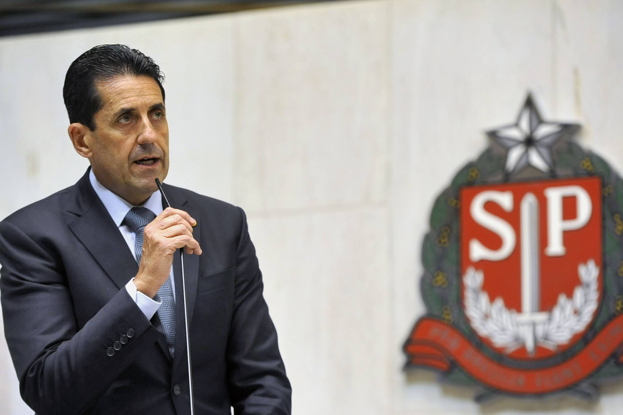 Deputado Delegado Olim destina R$ 400 mil para dois hospitais de Catanduva