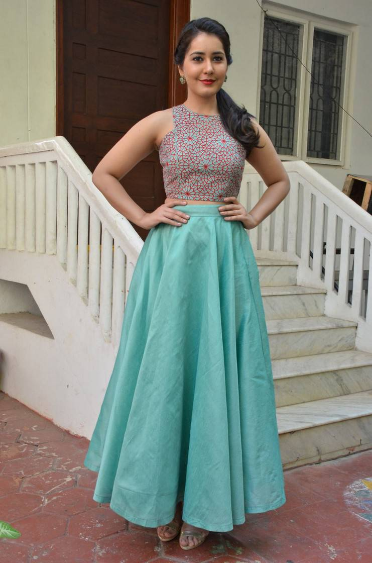 Tollywood Hot Actress Rashi Khanna At Movie Promotions