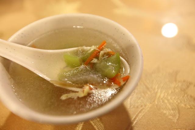 七月的遊樂園: [食記] 新竹-新豐。我們這一家複合式餐坊