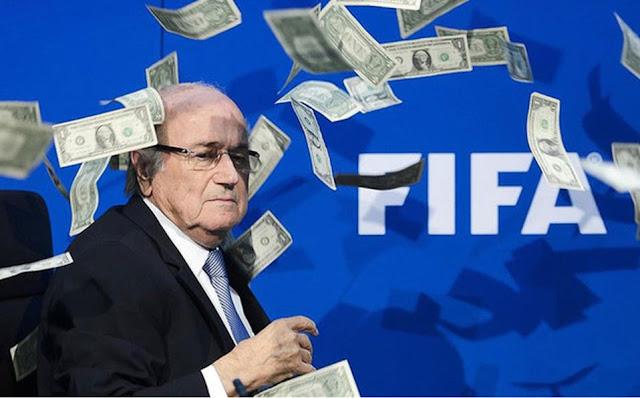 FIFA castiga exdirigentes Blatter