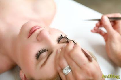 Tips Cara Merawat Eyelash Extensions Agar Awet dan Tidak Mudah Rusak