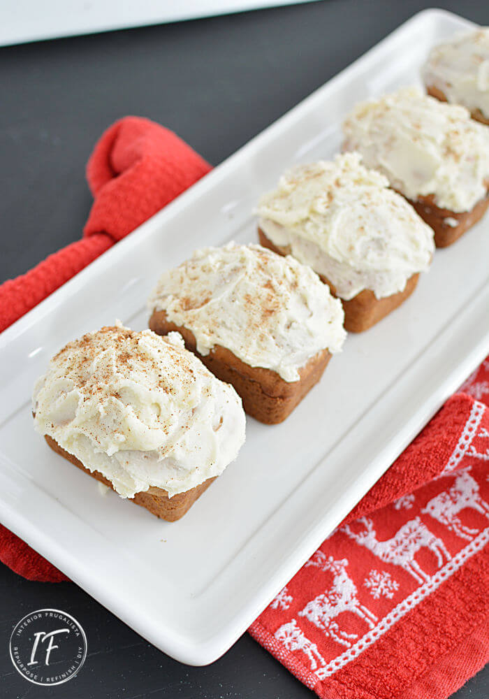This mouth-watering mini cranberry eggnog bread recipe with nutmeg eggnog icing is so easy to make and is perfect for edible Christmas gifts too!