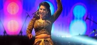 sunny-leone-show-protest-in-bangalore