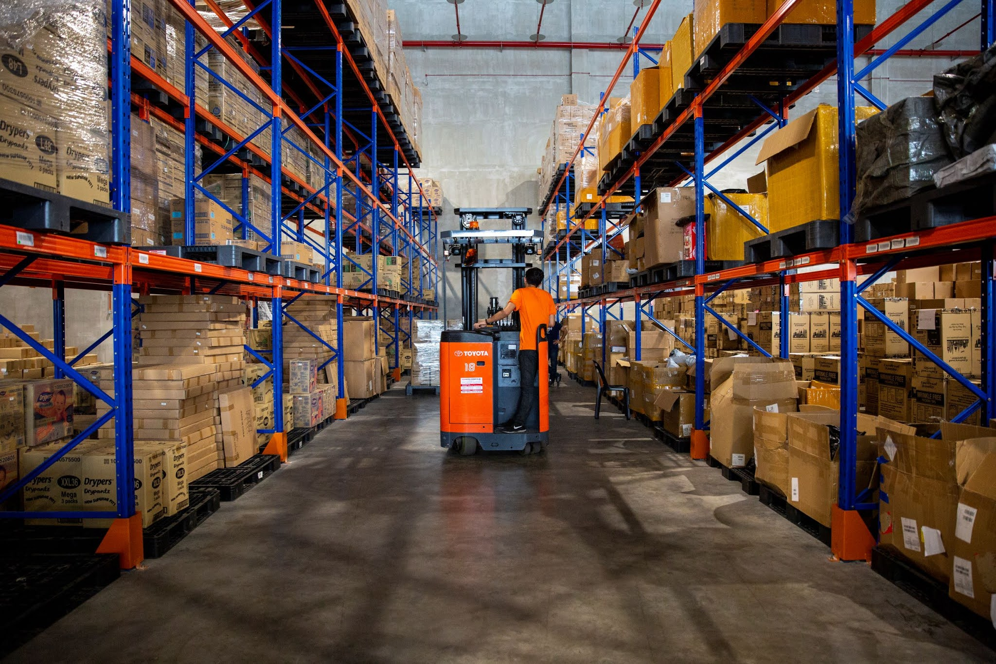 Shopee kick off next-day delivery in Peninsular Malaysia for the 3.3 Supermarket Sale