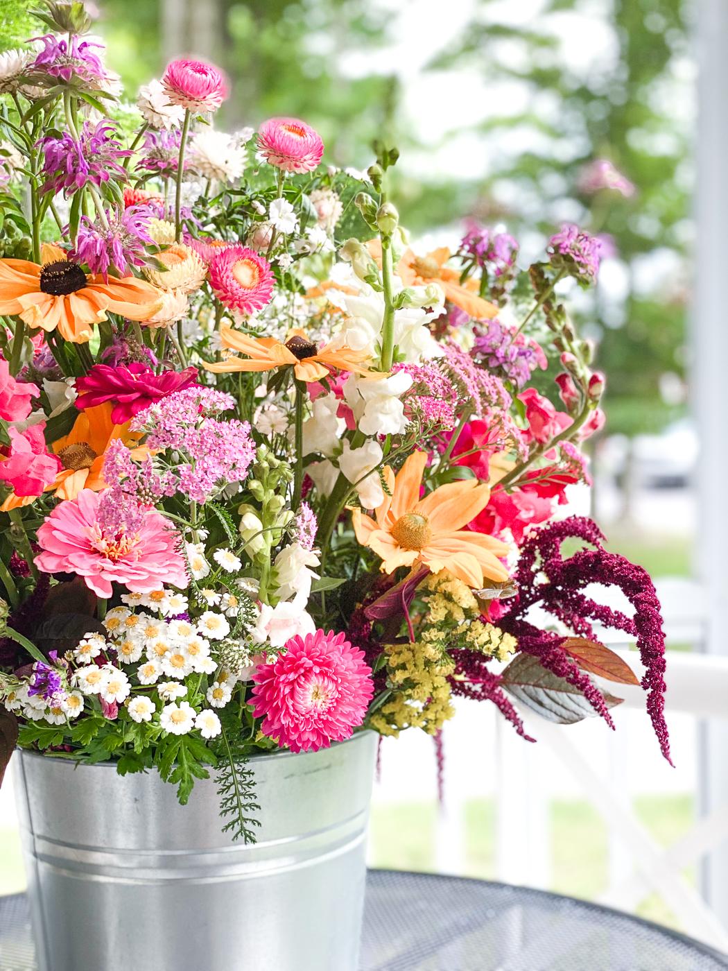 cut flower arrangement, flowers from a cutting garden, summer garden flowers