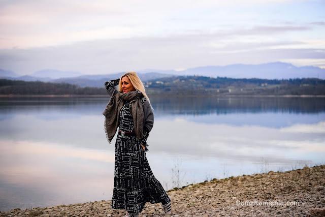 Kasia z Domu z Kamienia, jezioro Bilancino w Mugello