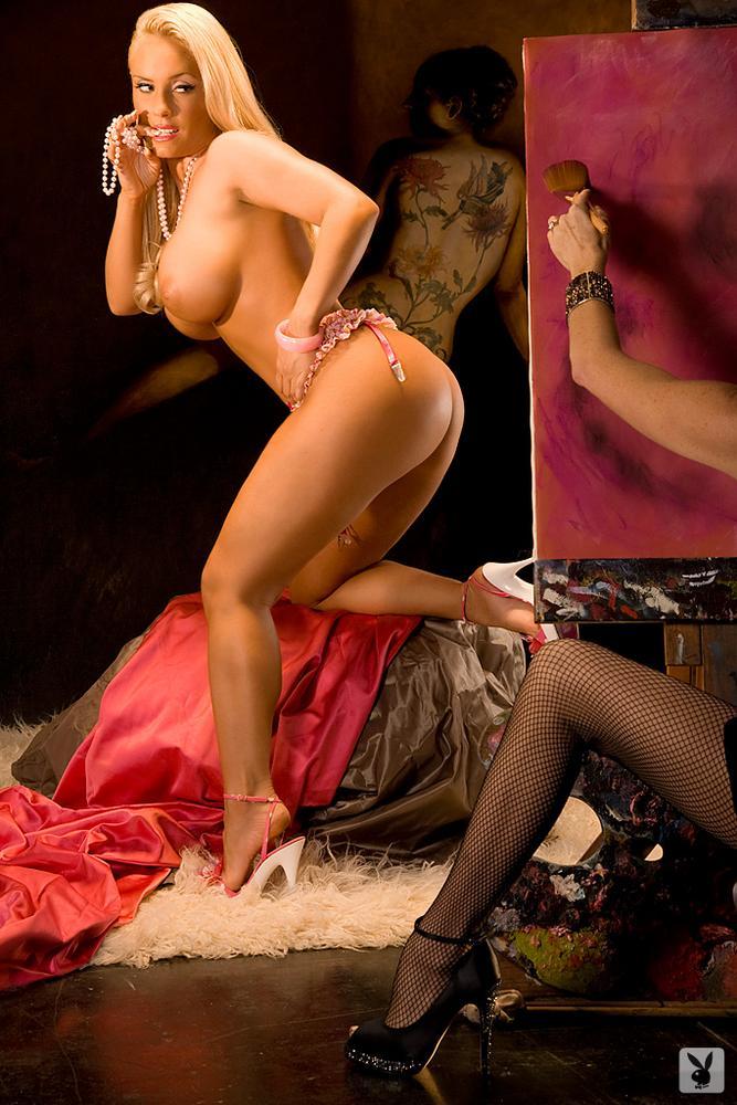 Actress Sexy Boobs Photos