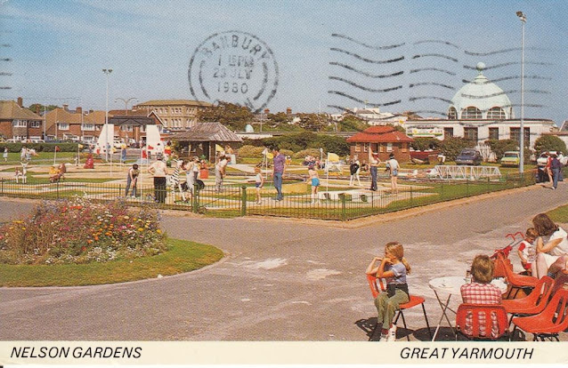 Nelson Gardens Great Yarmouth postcard. A Sapphire Card. Postally used 23 July 1980
