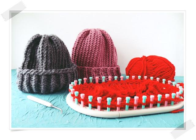 Jak zrobić czapkę ze ściągaczem na obręczy dziewiarskiej