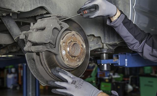 10  Komponen dan Cara Kerja Sistem Rem Cakram Pada Kendaraan