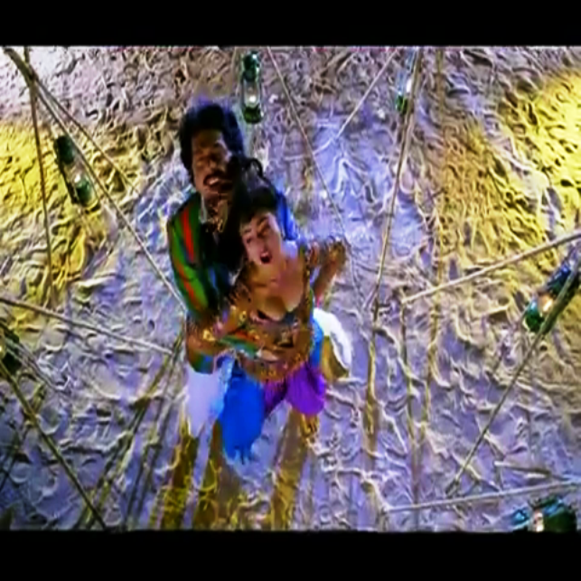 Divyaparameshwaran123: Soundarya Boobs
