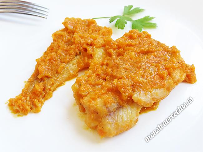Filetes de abadejo en salsa de zanahoria