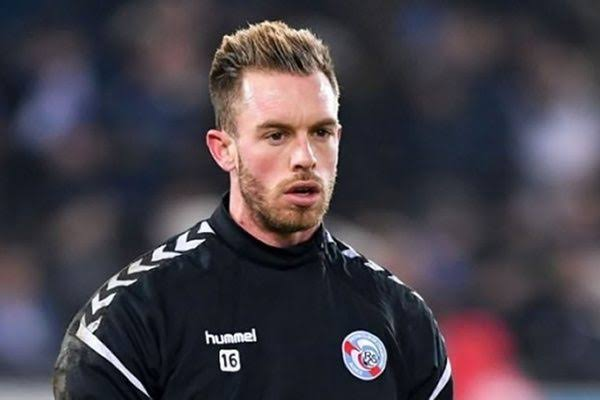 الحارس أليكسندر أوكيدجة من ضمن أحسن  الحراس في الدوري الفرنسي