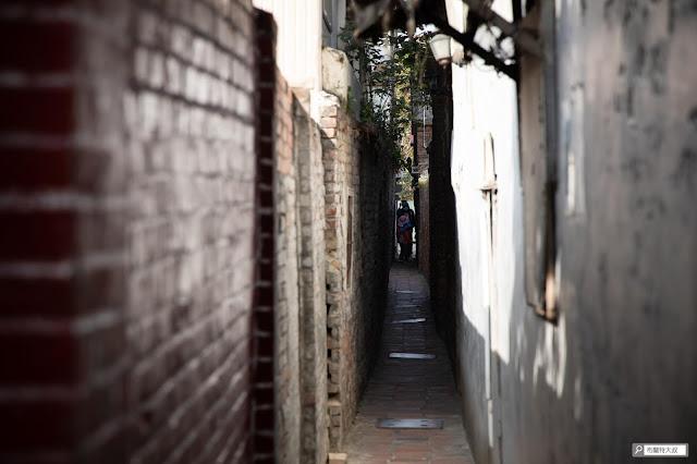 【大叔生活】2021 又是六天五夜的環島小筆記 (下卷) - 狹長的巷弄原先並非防火巷設計