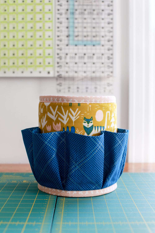 Handmade Gifts: Sewing Tool Organizer