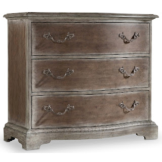 Hooker Furniture bachelors chest True Vintage