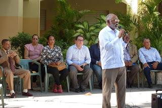 Wilson Roa presidente del CMD asiste a encuentro con Coalición exige construcción de hospital en Neiba