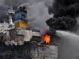 Kebakaran Kapal Tanker di Belawan