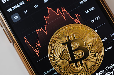 what is a bitcoin and how does it work?